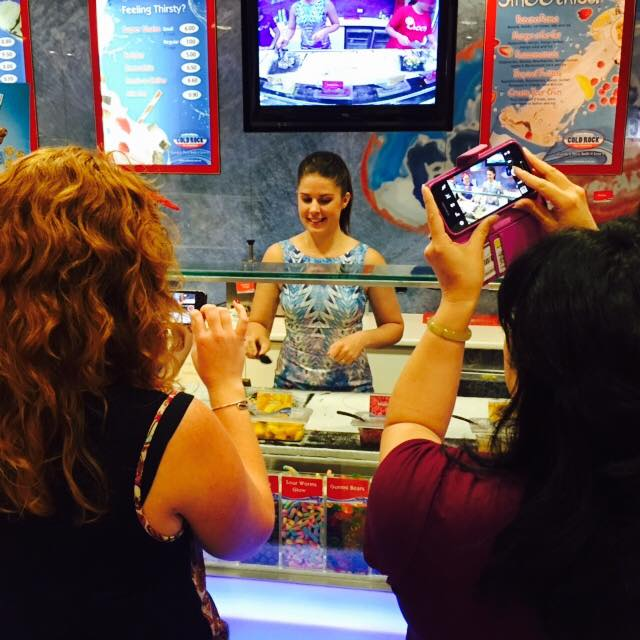Kate wields the spatulas at Cold Rock.