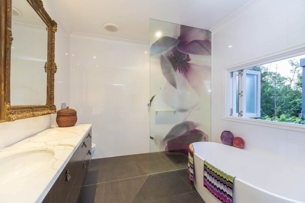 Magnolia shower screen, in the ensuite