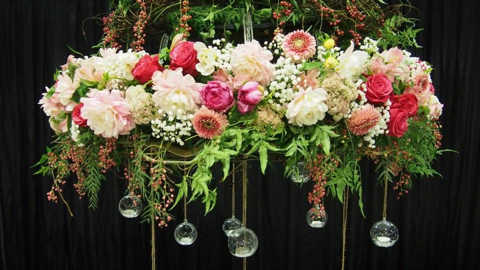 Fionna11_-_flower_chanderlier2
