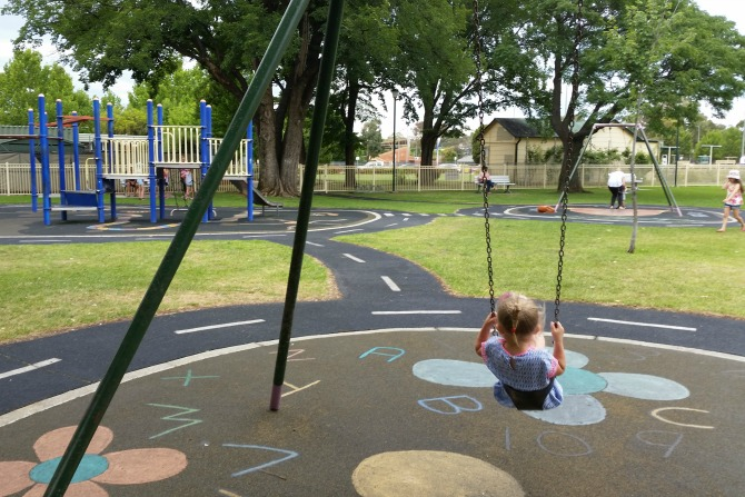 CBRwithkidsunder10_QBN playground
