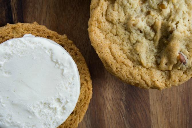 CookieIcecreamSandwich_3