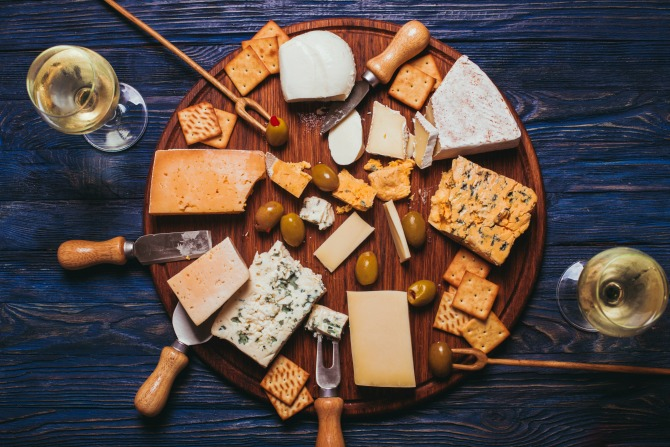 cheeseboard-food_feature