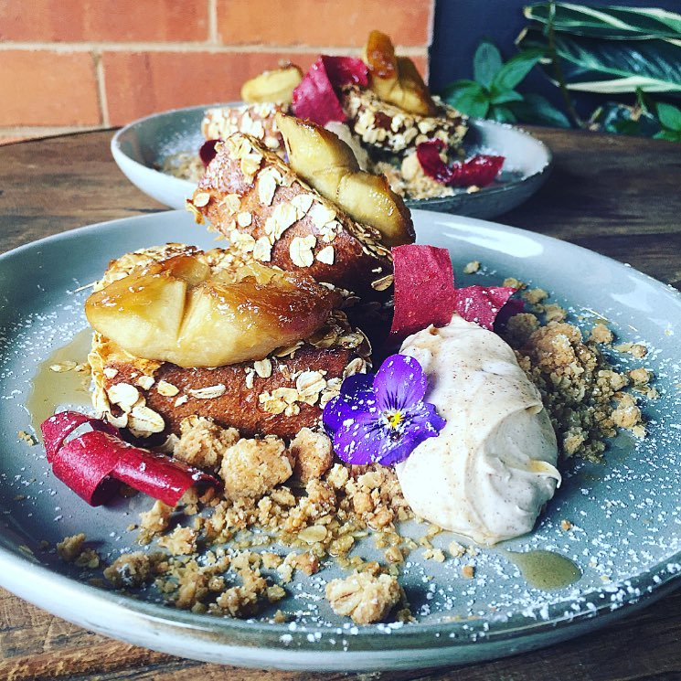 Apple Crumble French Toast from Doubleshot. Image: Facebook.