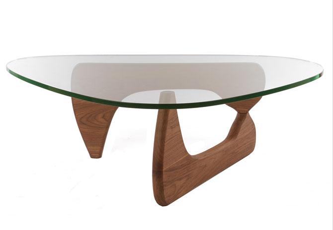 Replica Isamu Noguchi Coffee Table.