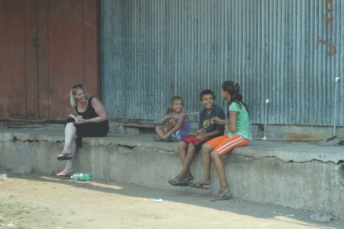 Chatting to siblings on the border in El Salvador