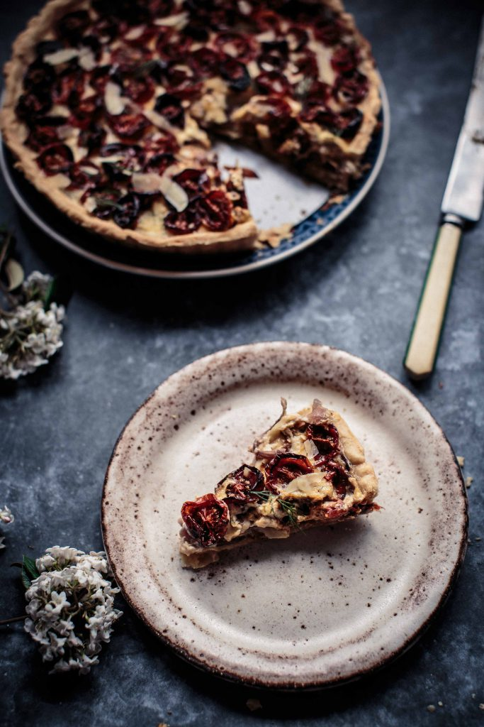 slow-roasted-tomato-caramelised-onion-and-gouda-tart-anisa-sabet-the-macadames-16-24