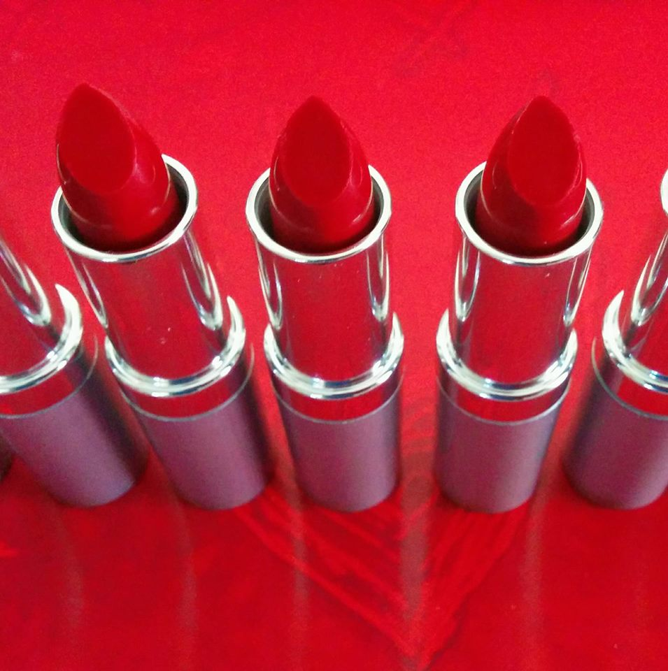 justlippy_productRed1_group_handmademktapp