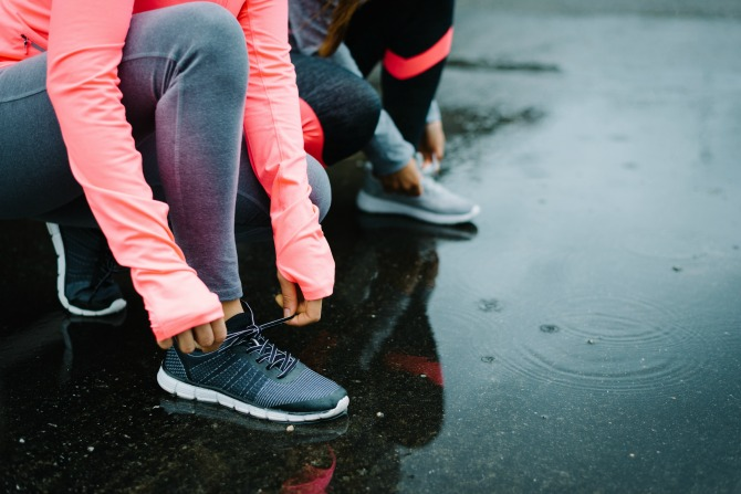 fitness rain running winter feature