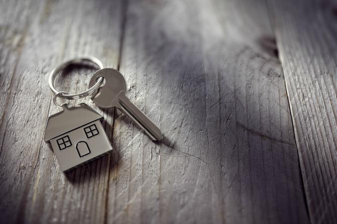 keys house sad divorce_feature