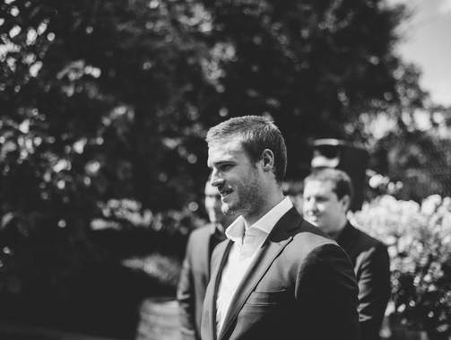 Alice and Johnny's relaxed backyard wedding 2