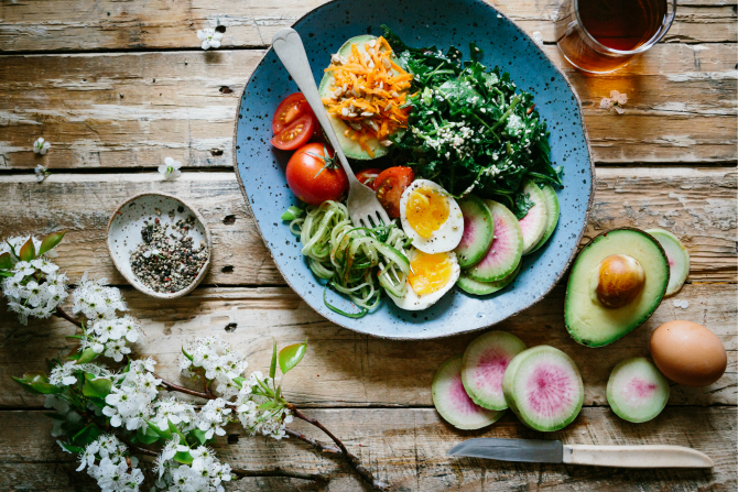 clean eating healthy food feature
