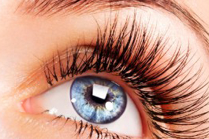 Lash it up: Five places to get lash extensions