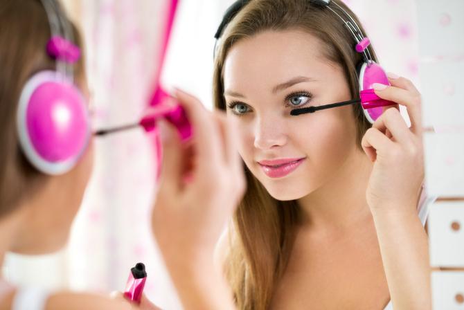 Teen makeup: Where to start?