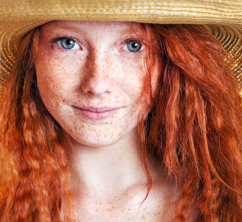 redhead-teen-in
