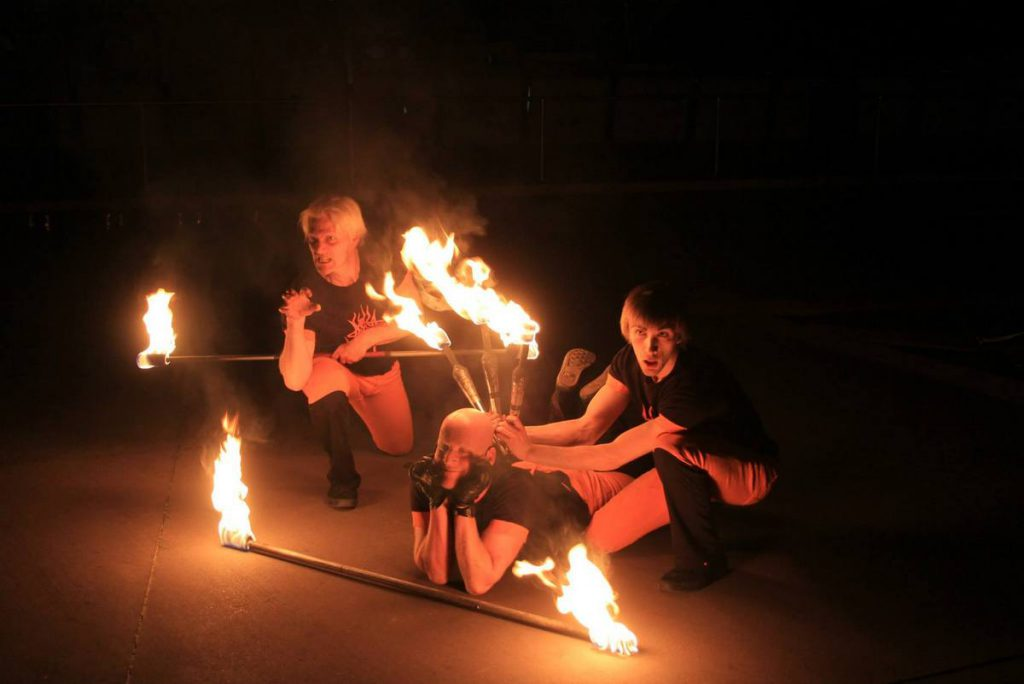 The Fool Factory playing with fire at the Thrill Night at the Museum (photo: National Museum of Australia).