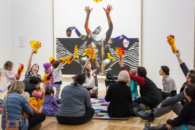 Getting young kids to look at art