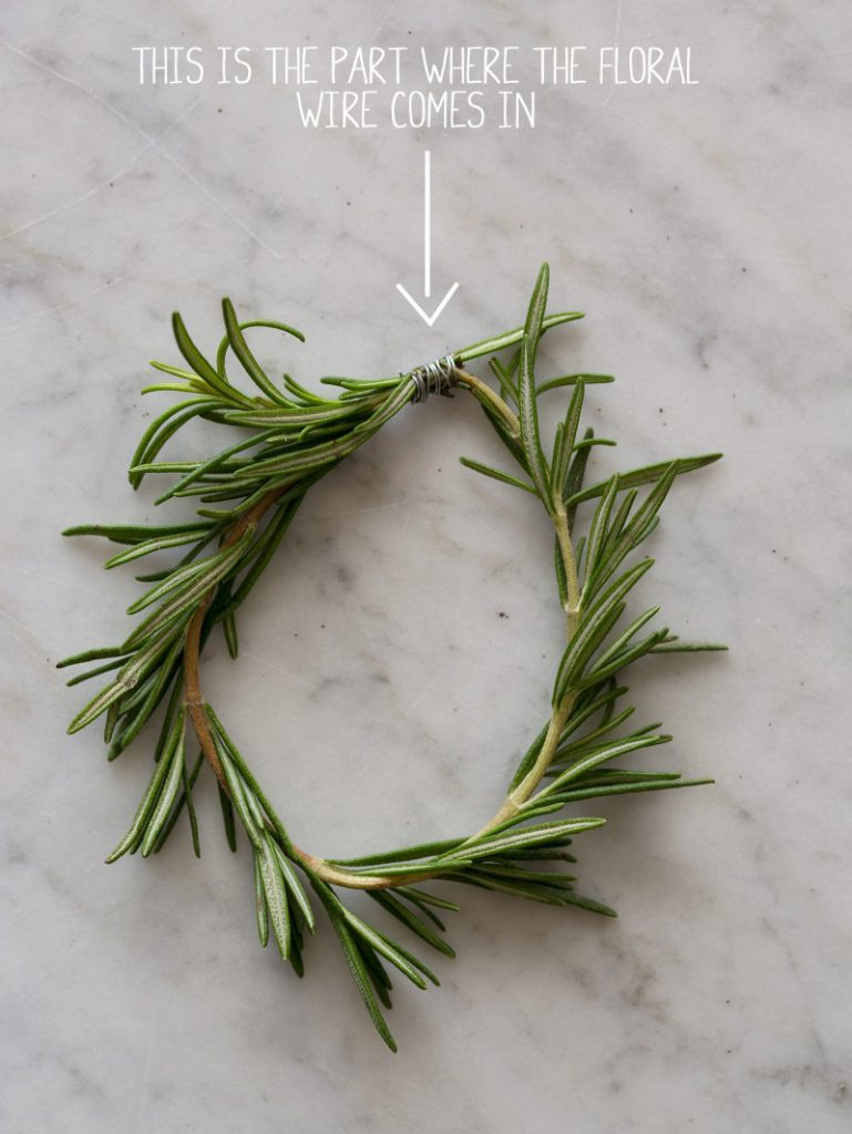 rosemary-place-cards-floral-wire-800x1065