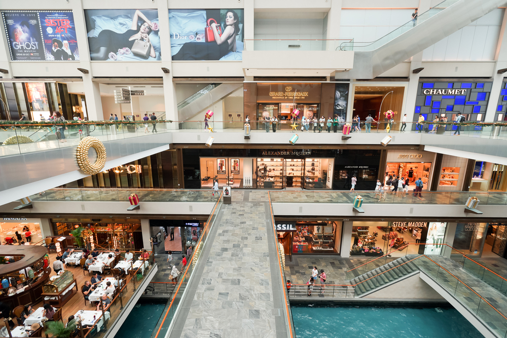 Shoppes at Marina Bay Sands. Sorbis / Shutterstock.com