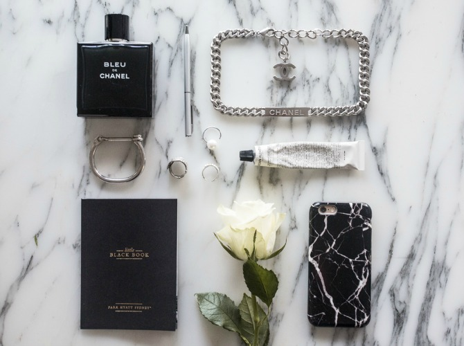 Flat lay by @oraclefoxblog