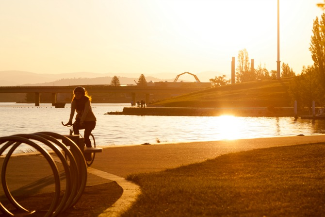 Iconic pit-stops during a ride around Lake Burley Griffin