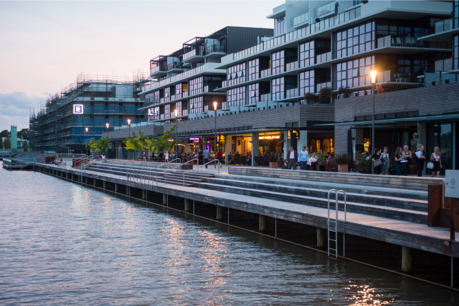 The Kingston Foreshore - a new dining precinct springs to ...