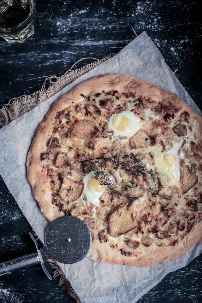 Wild Mushroom, Gruyere and Truffle Honey Pizza   Anisa Sabet   The Macadames-4