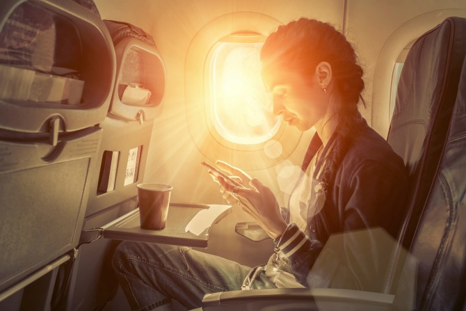 20 thoughts everyone has when they're flying