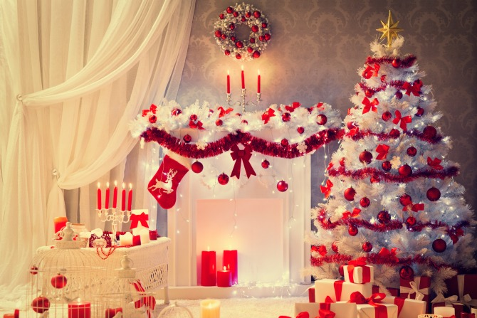 Red and Green Should Never Be Seen: Xmas Decorating Ideas