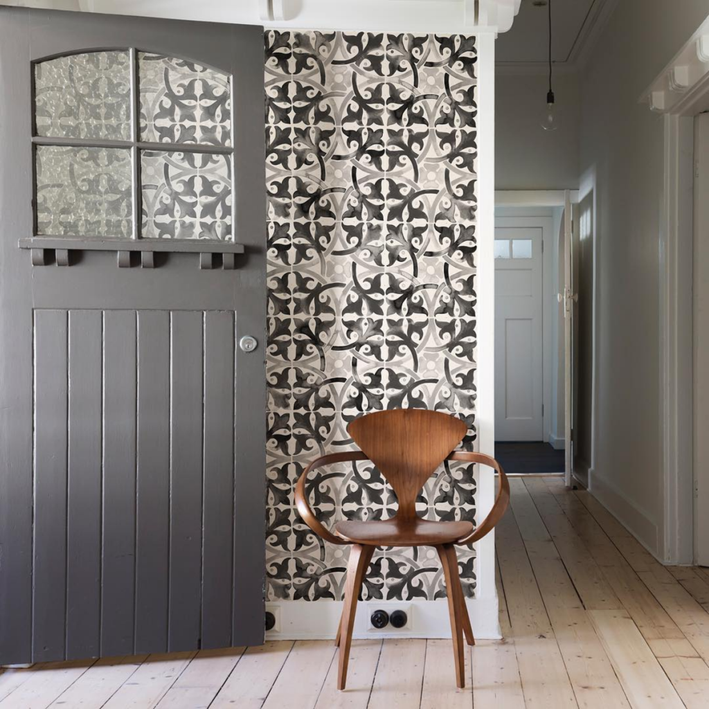 ENTRY INTEREST by Quercus & Co Wallpaper Tiles