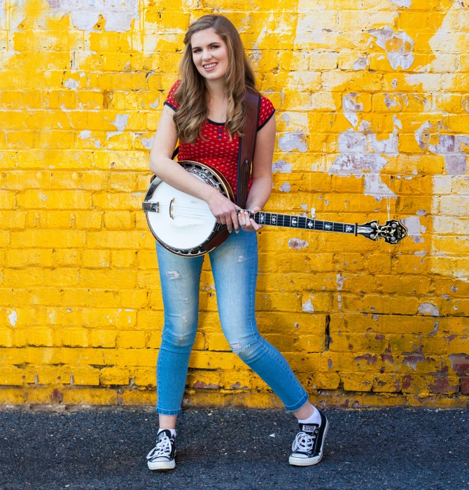 Taylor Pfeiffer The Banjo Girl