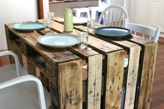 boygirlco's Osprey Table, using recycled pallets.