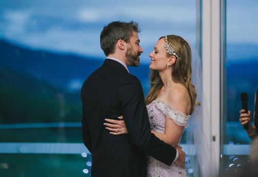 Real Wedding; Keeley and Chris'5