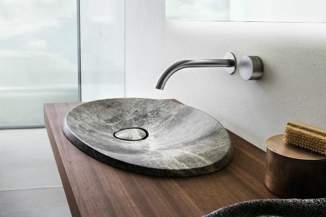 rogerseller_pluto_bathroom-tapware_progressive-wall-mixer-and-spout-grap..._feature