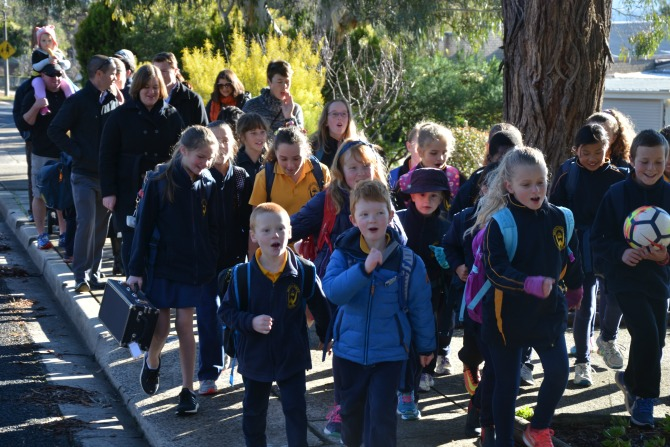 Eight reasons to ride or walk to school in 2018