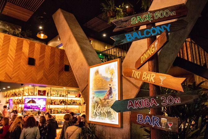 Hour Food Places Melbourne