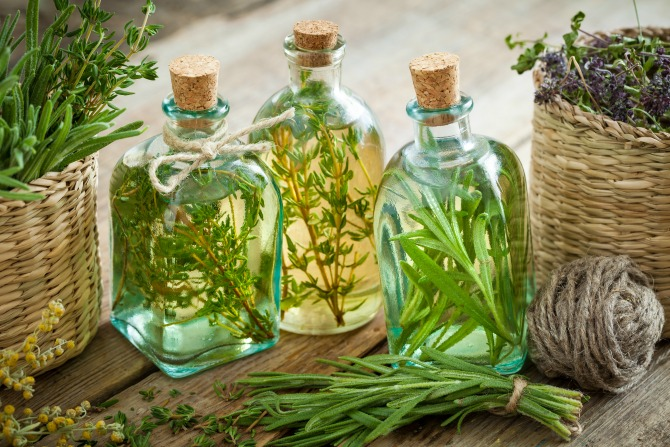 Sustainable Life: make your own infused oils and vinegars