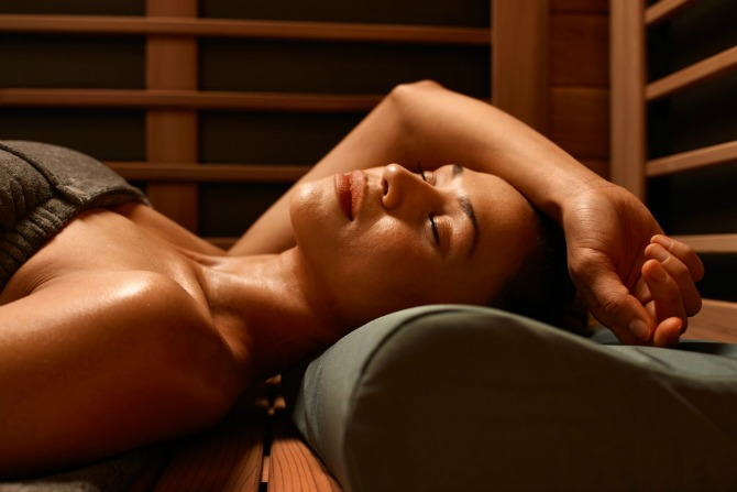 What's the deal with infrared saunas?