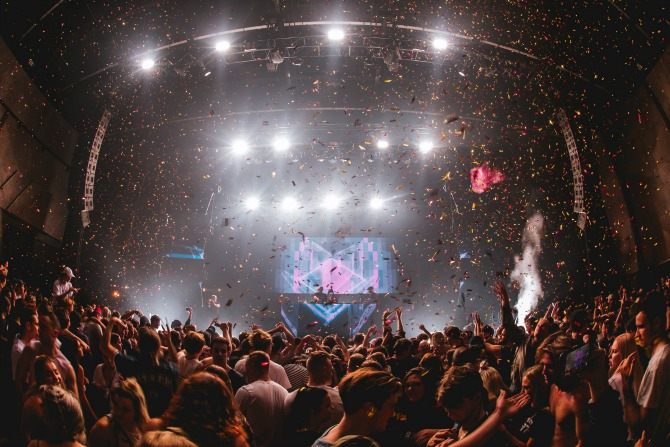 Giveaway: take your crew to Sweet Dreams Festival