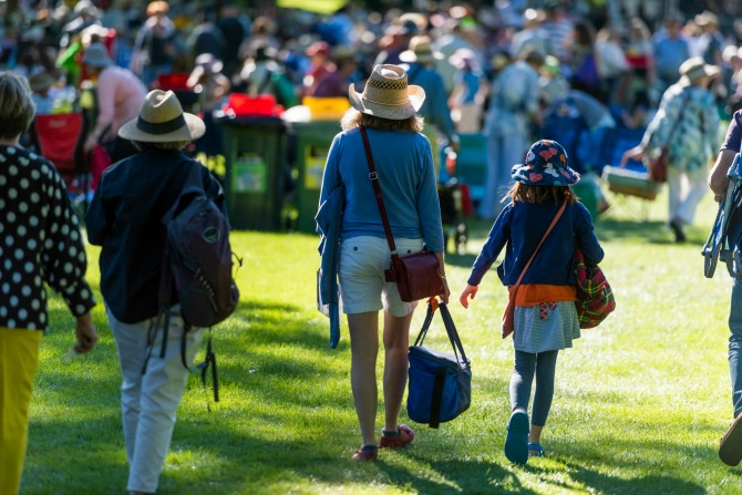 Broadway on the lawns with the Canberra Symphony