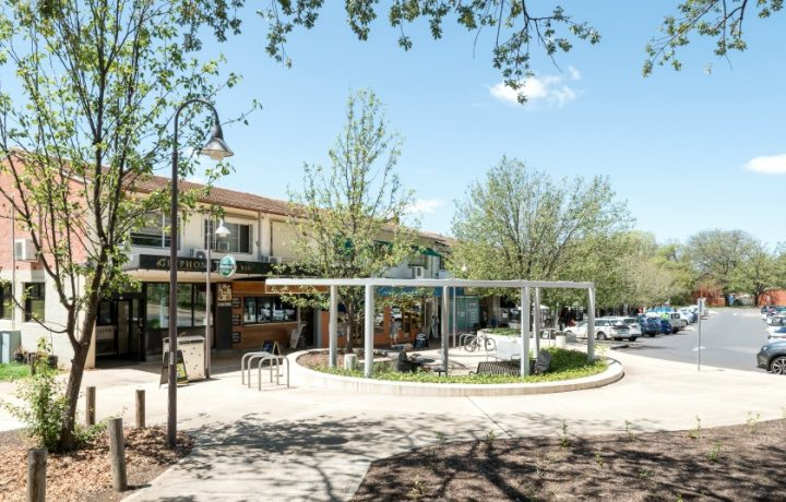 The Golden Age Of Suburban Shopping: Griffith Shops