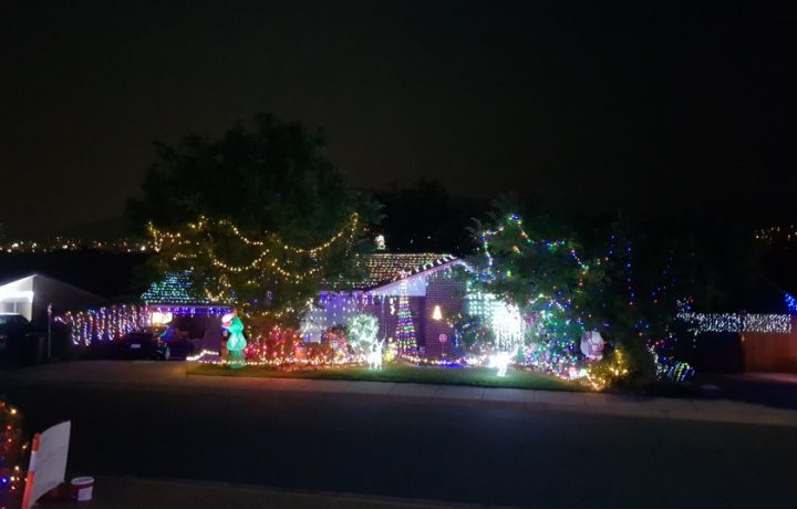 20+ places to see great Christmas lights in Canberra this December