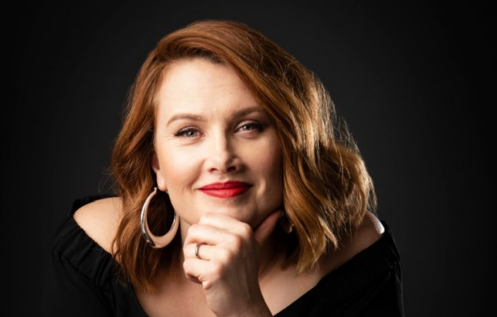Clare Bowditch being her own kind of girl in Canberra