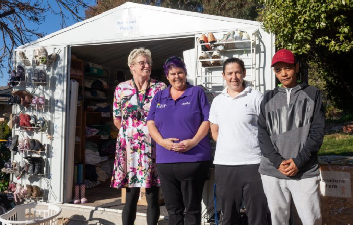 Give what you can, take what you need: How container donations are supporting street pantries in Ngunnawal